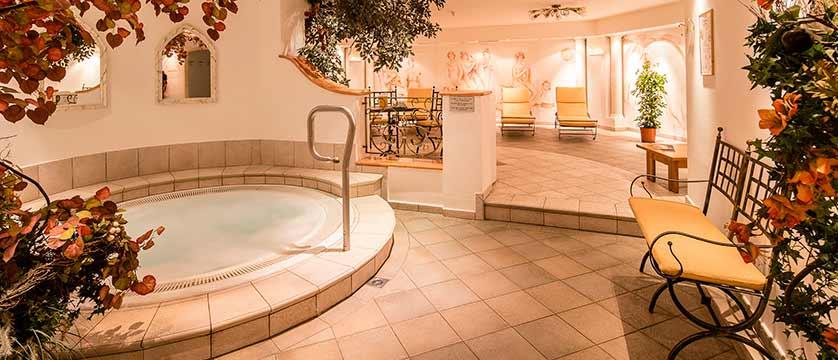Hotel Oswald, Selva, Italy - spa area.jpg